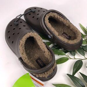 crocs Unisex Winter Clog Mule Walnut//Espresso